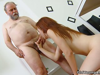 Old trainer knows how to convince student Sveta to try anal sex for the first time