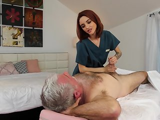 Pensioner enjoys fucking peppery haired young masseuse Hanna Hayes