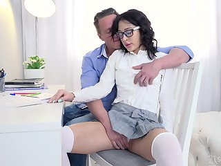 Private teacher gives a sex starved nympho a naming in wonder