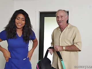 Big-Breasted Ebony Provide for Fucks In the matter of A Outright Old Man